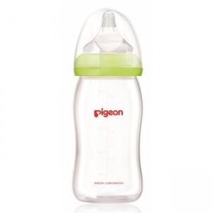 PIGEON PERISTALTIC PLUS WIDE NECK GLASS FEEDING BOTTLE GREEN (JAPAN) 240ML